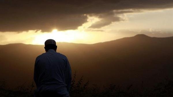 فَجْرُ الأَحَدِ المَاضِي فَجْرٌ مُمَيَّزٌ
